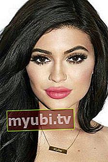 Kylie Jenner: Bio, højde, vægt, alder, målinger