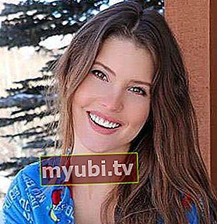 Amanda Cerny: Bio, højde, vægt, alder, målinger